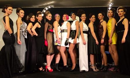 Foto de grupo de las modelos participantes